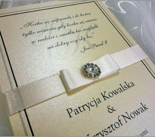 Zaproszenia ślubne Izabel z ozdobnego kremowego papieru