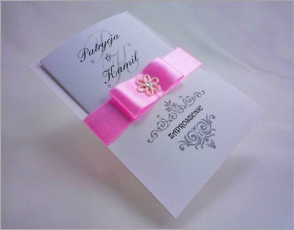 Różowe zaproszenia na wesele