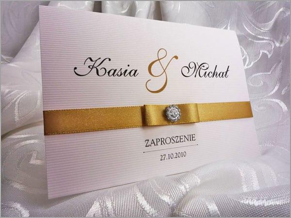 Zaproszenia na ślub ze złotą wstążką