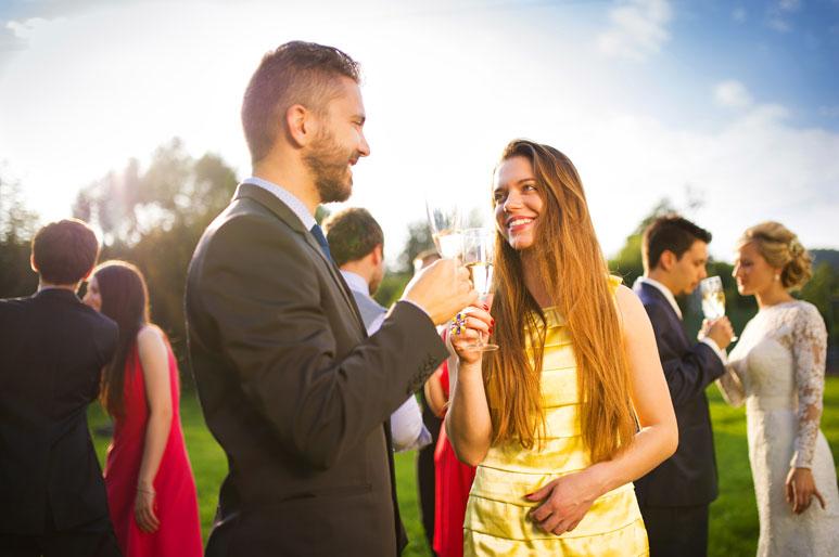 Osoba towarzsząca na weselu