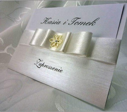 Zaproszenia ślubne z wstążką
