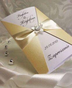 Kremowe zaproszenia ślubne