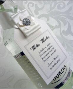 Ozdoby na wódkę weselną